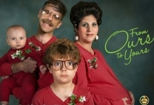 awkward-christmas-family-photos--large-msg-135455988475