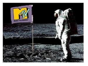 81 v_moon_man1